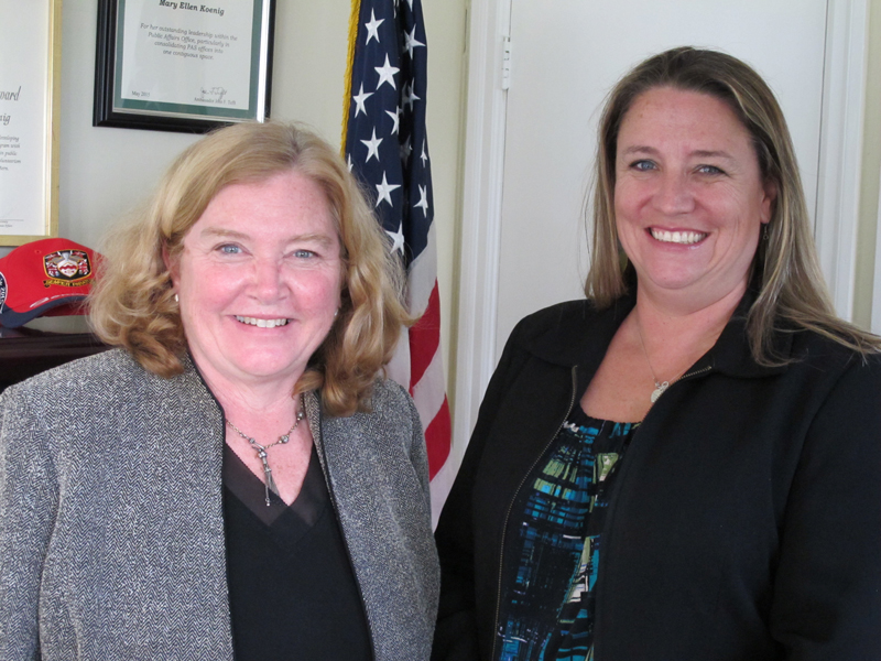 Consul General Mary Ellen Koenig and Mrs Kelly Madeiros