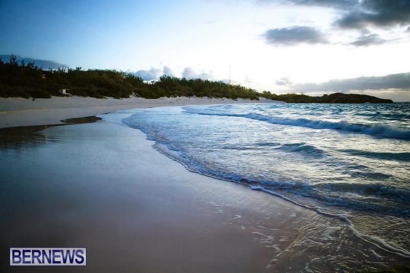 Horseshoe-Bay-Beach-Good-Friday-Bermuda-March-25-2016-1