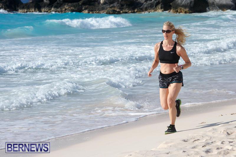 Horseshoe-Bay-Beach-Good-Friday-Bermuda-March-25-2016-12