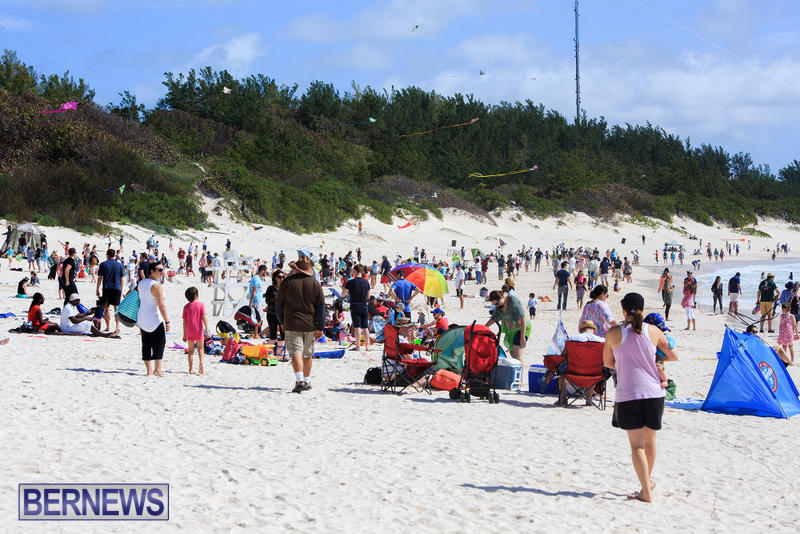 Horseshoe-Bay-Beach-Good-Friday-Bermuda-March-25-2016-20
