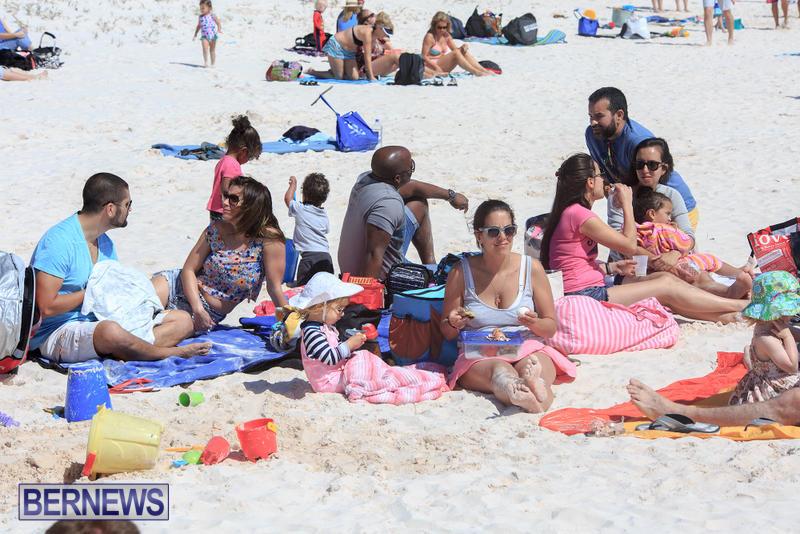 Horseshoe-Bay-Beach-Good-Friday-Bermuda-March-25-2016-26
