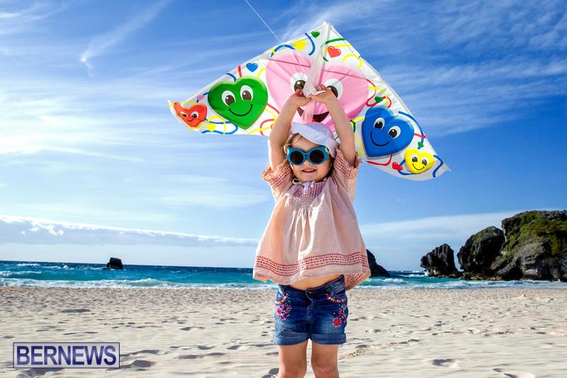 Horseshoe-Bay-Beach-Good-Friday-Bermuda-March-25-2016-3