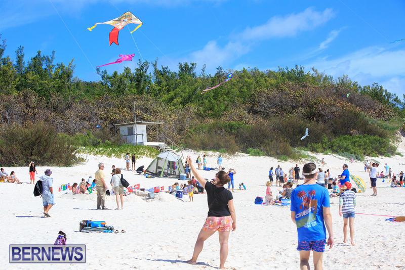 Horseshoe-Bay-Beach-Good-Friday-Bermuda-March-25-2016-32