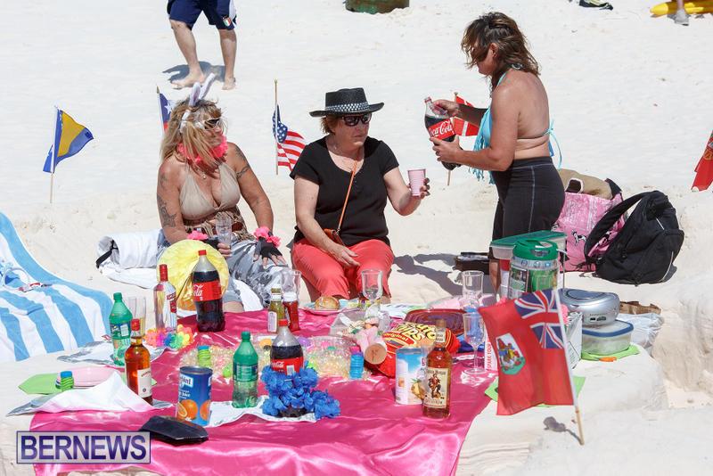 Horseshoe-Bay-Beach-Good-Friday-Bermuda-March-25-2016-35