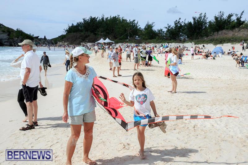 Horseshoe-Bay-Beach-Good-Friday-Bermuda-March-25-2016-44