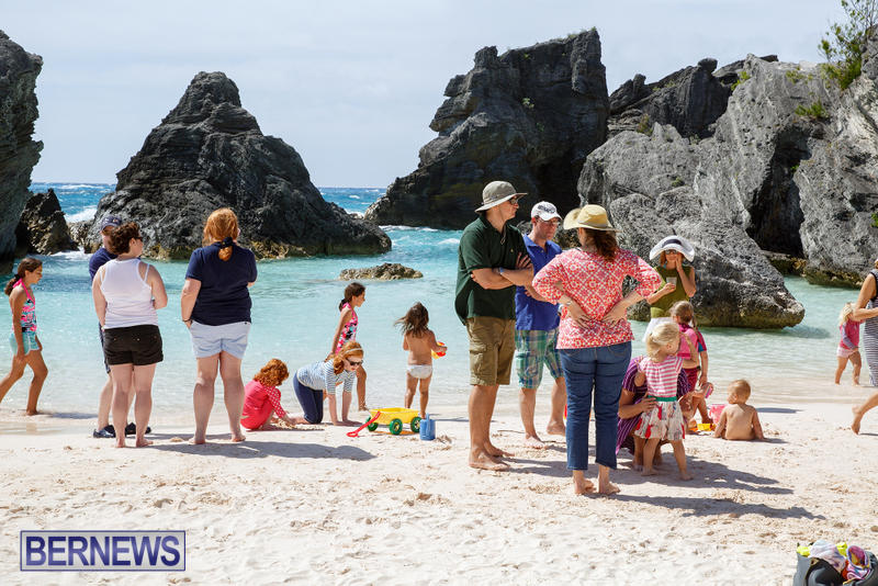 Horseshoe-Bay-Beach-Good-Friday-Bermuda-March-25-2016-50