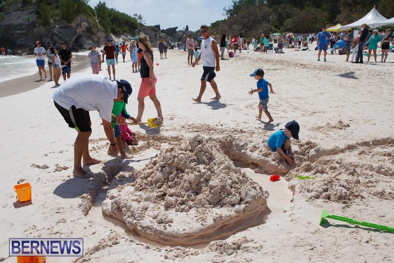 Horseshoe-Bay-Beach-Good-Friday-Bermuda-March-25-2016-58