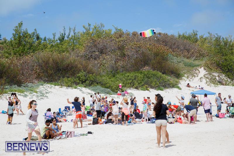 Horseshoe-Bay-Beach-Good-Friday-Bermuda-March-25-2016-62