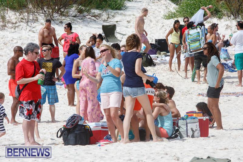 Horseshoe-Bay-Beach-Good-Friday-Bermuda-March-25-2016-83