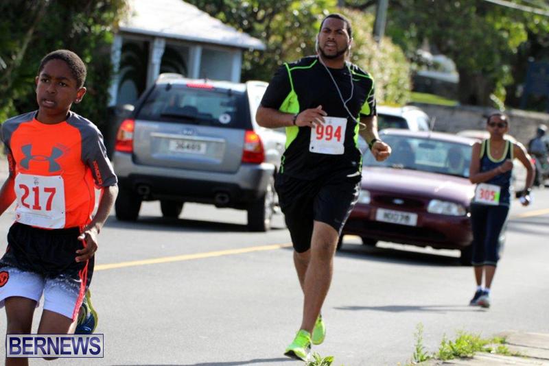 PHC-Good-Friday-1-Mile-Run-Walk-Race-Bermuda-March-30-2016-1