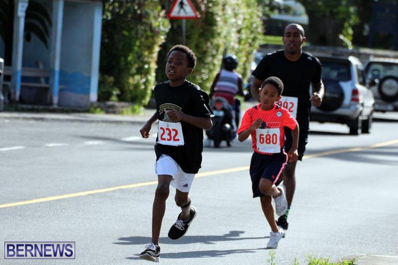 PHC-Good-Friday-1-Mile-Run-Walk-Race-Bermuda-March-30-2016-3
