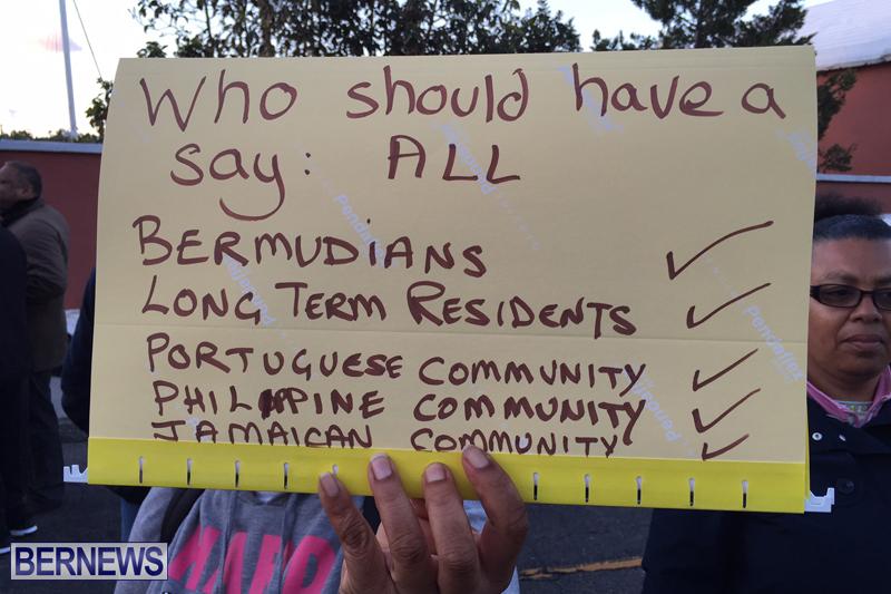Protesters-On-East-Broadway-Bermuda-Mar-1-2016-16