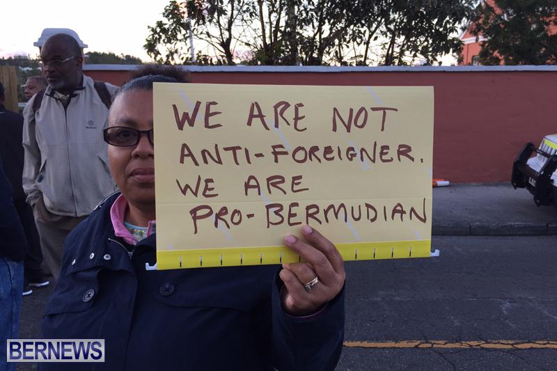 Protesters-On-East-Broadway-Bermuda-Mar-1-2016-17