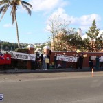 Protesters On East Broadway Bermuda Mar 1 2016 (27)