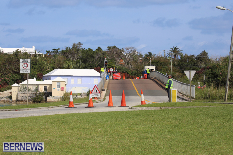 swing-bridge-testing-march-2016-bermuda-1