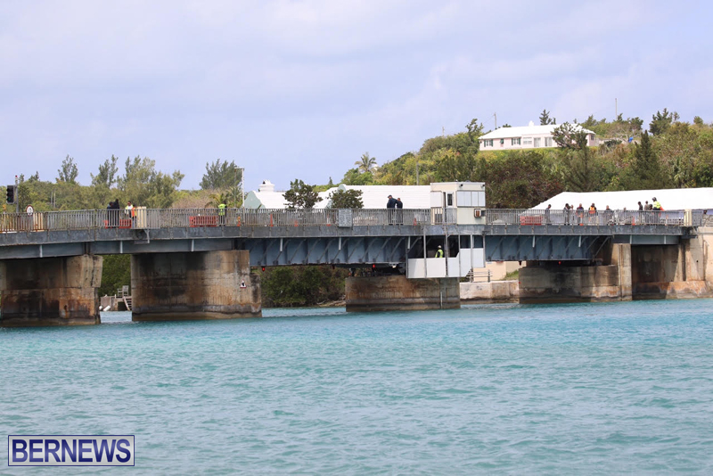 swing-bridge-testing-march-2016-bermuda-12