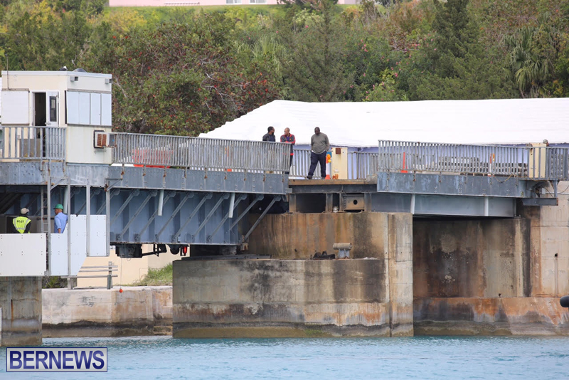 swing-bridge-testing-march-2016-bermuda-17