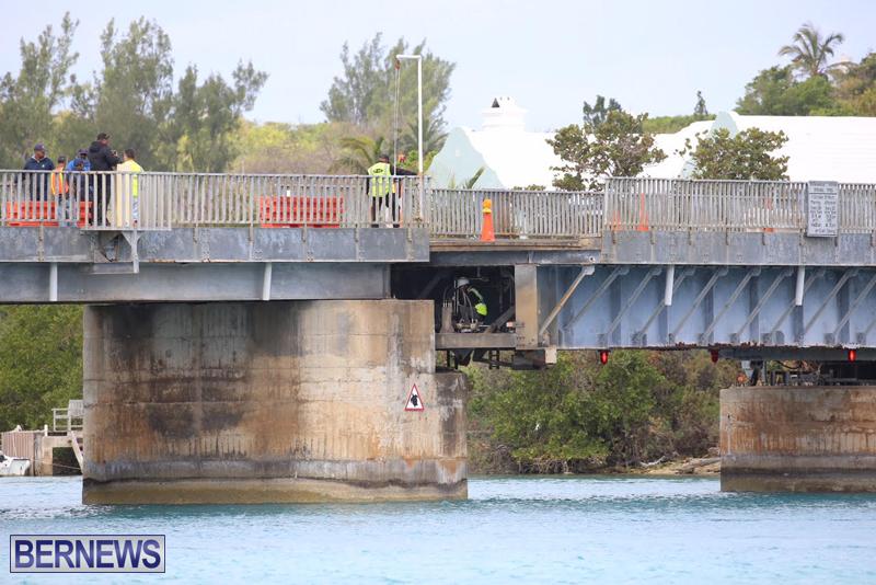 swing-bridge-testing-march-2016-bermuda-18