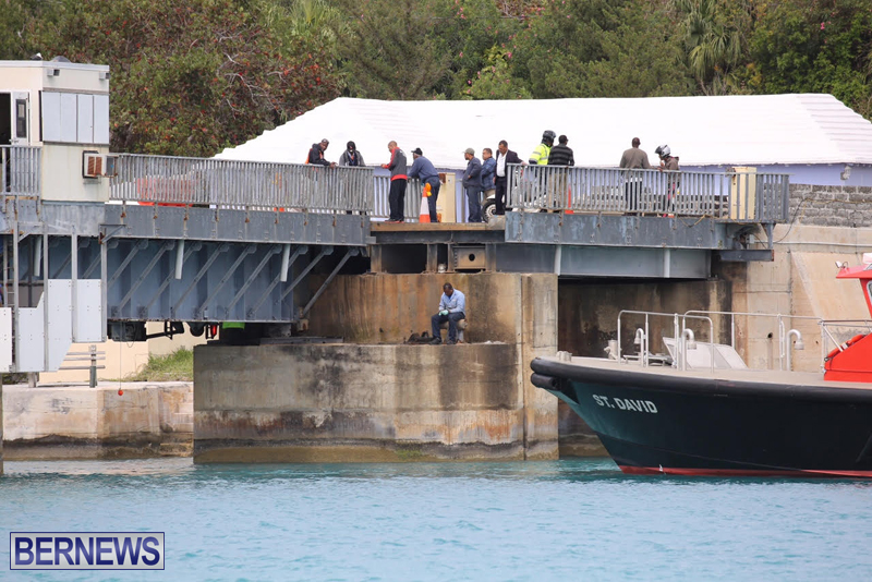 swing-bridge-testing-march-2016-bermuda-25