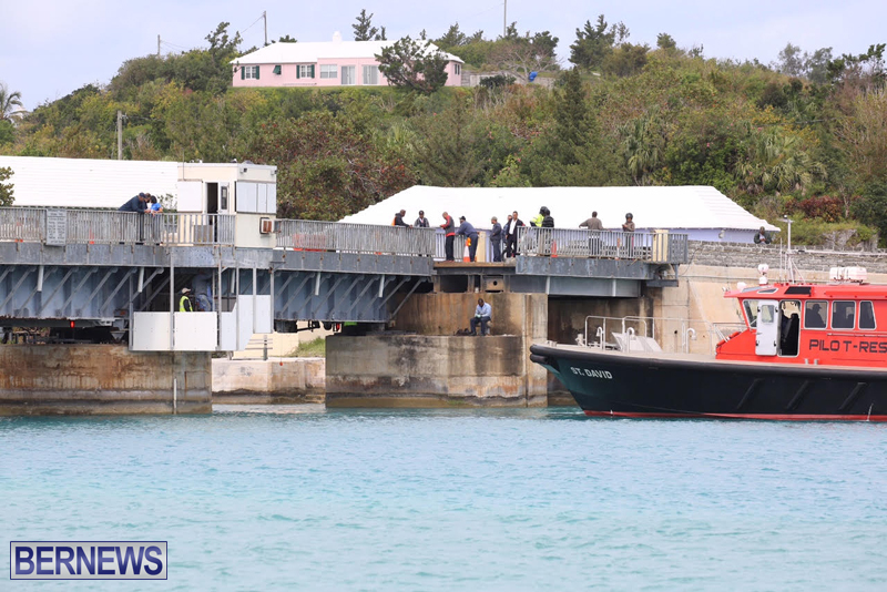 swing-bridge-testing-march-2016-bermuda-26