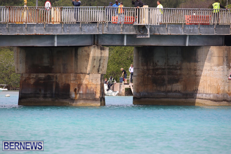swing-bridge-testing-march-2016-bermuda-28
