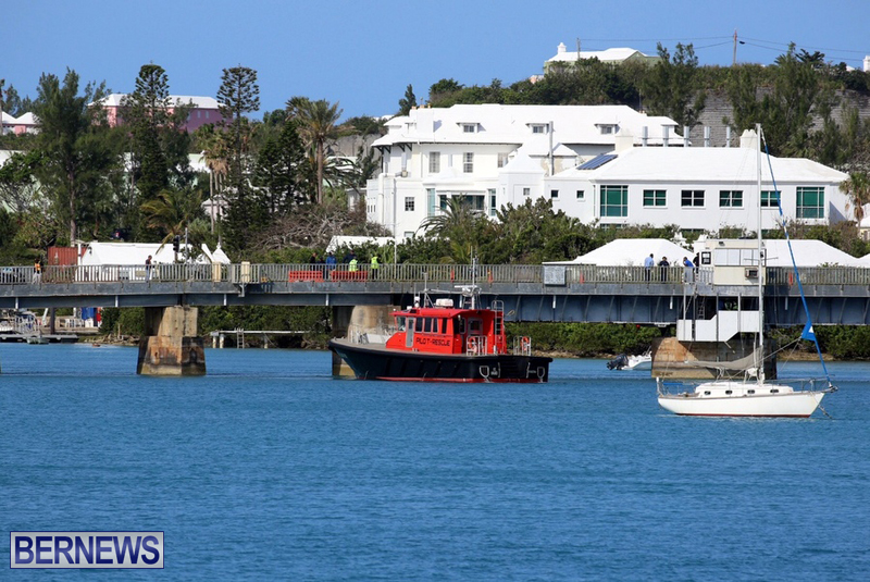 swing-bridge-testing-march-2016-bermuda-3