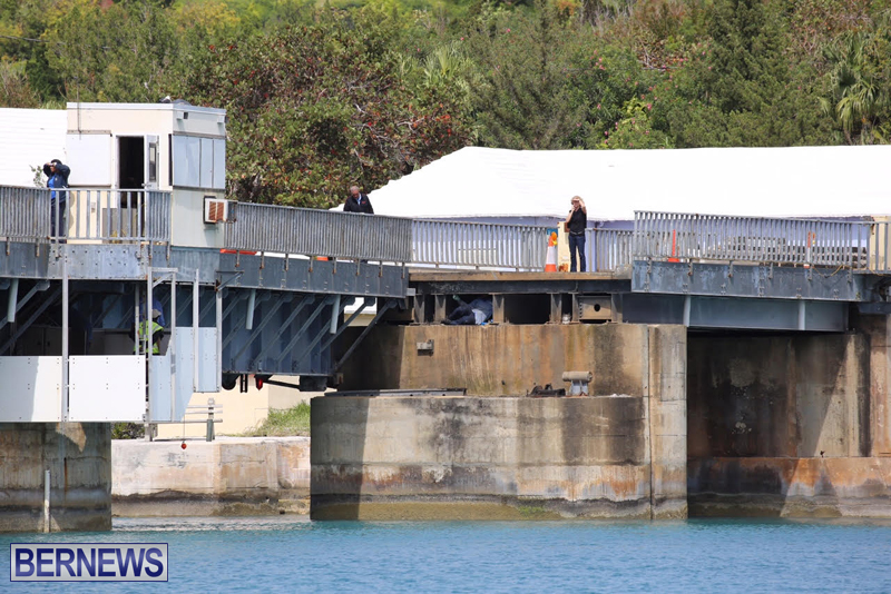 swing-bridge-testing-march-2016-bermuda-32