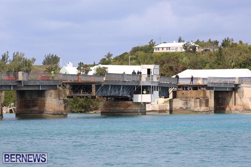 swing-bridge-testing-march-2016-bermuda-33