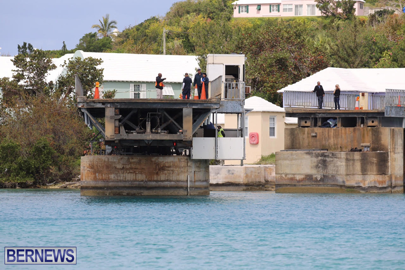 swing-bridge-testing-march-2016-bermuda-37