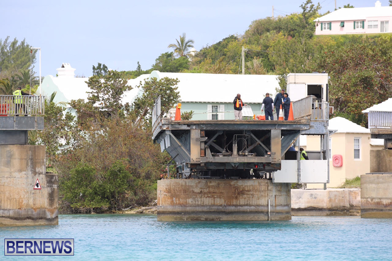 swing-bridge-testing-march-2016-bermuda-38