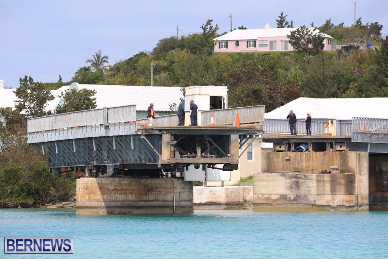 swing-bridge-testing-march-2016-bermuda-40
