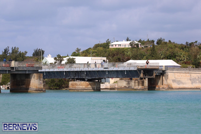 swing-bridge-testing-march-2016-bermuda-43