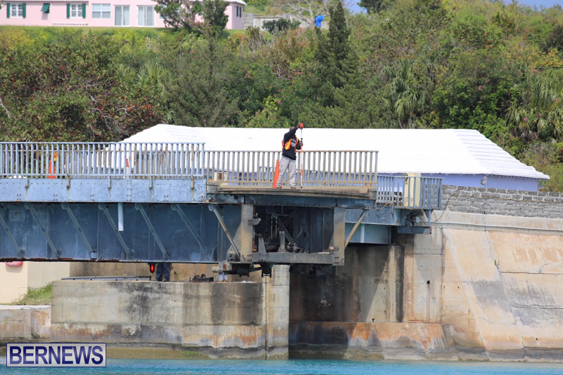 swing-bridge-testing-march-2016-bermuda-45