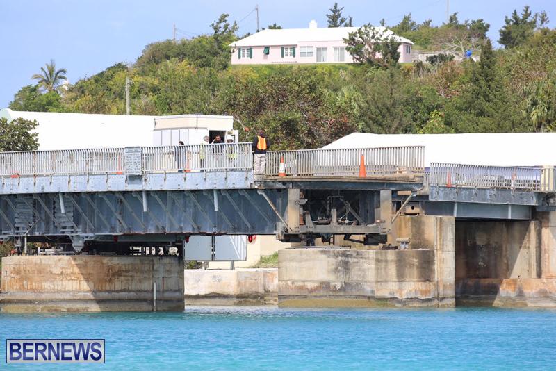 swing-bridge-testing-march-2016-bermuda-47