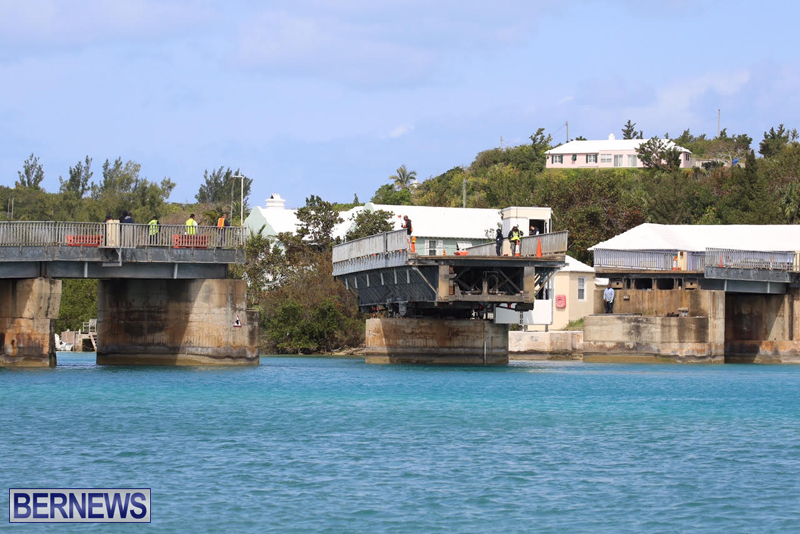 swing-bridge-testing-march-2016-bermuda-48