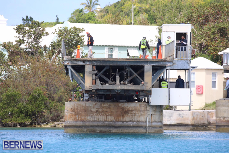 swing-bridge-testing-march-2016-bermuda-49