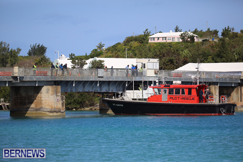 swing-bridge-testing-march-2016-bermuda-5