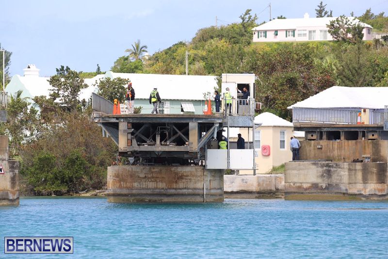 swing-bridge-testing-march-2016-bermuda-50
