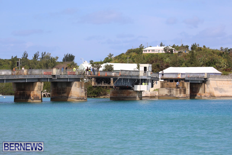 swing-bridge-testing-march-2016-bermuda-53
