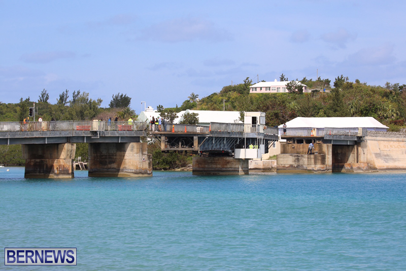 swing-bridge-testing-march-2016-bermuda-6