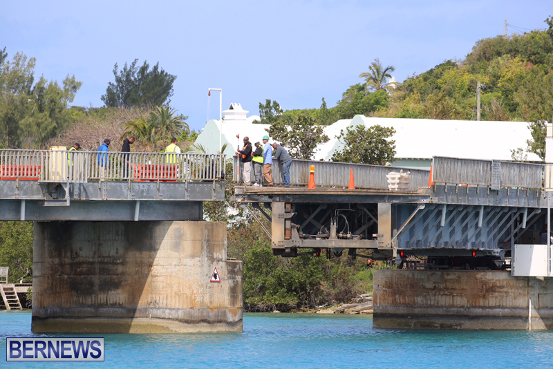 swing-bridge-testing-march-2016-bermuda-7