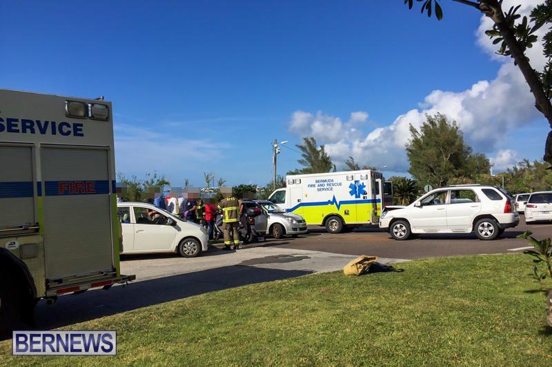 Barkers Hill Collision Bermuda, April 28 2016 (1)