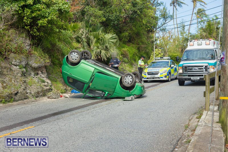 Flipped Car Somerset Bermuda, April 24 2016 (2)