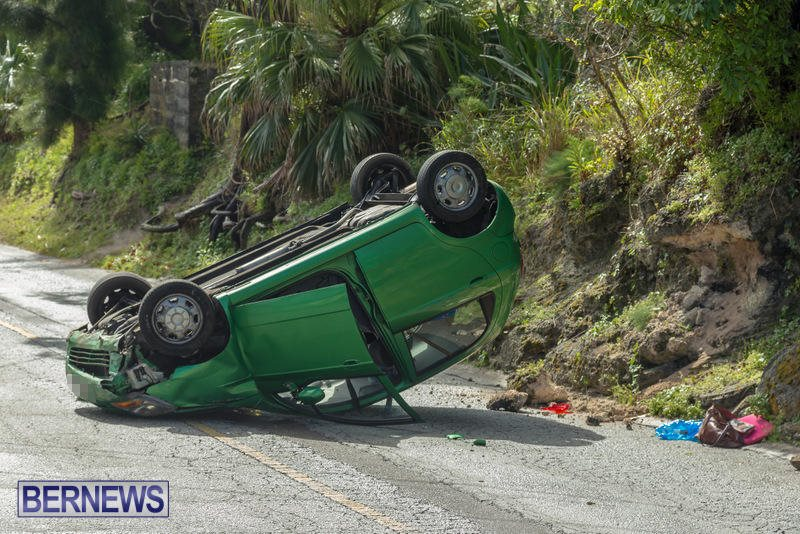 Flipped Car Somerset Bermuda, April 24 2016 (9)