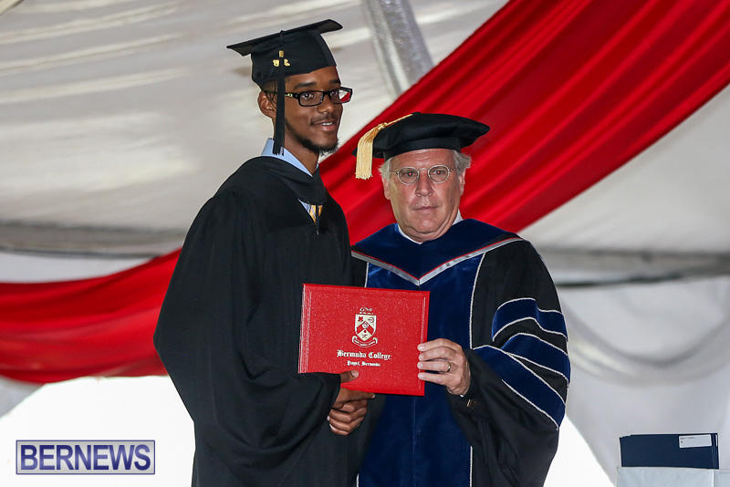 2016-Commencement-at-Bermuda-College-May-19-2016-112