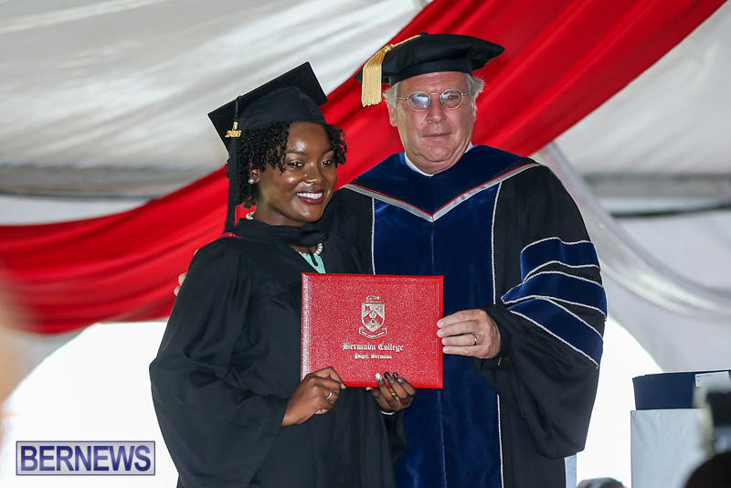 2016-Commencement-at-Bermuda-College-May-19-2016-120