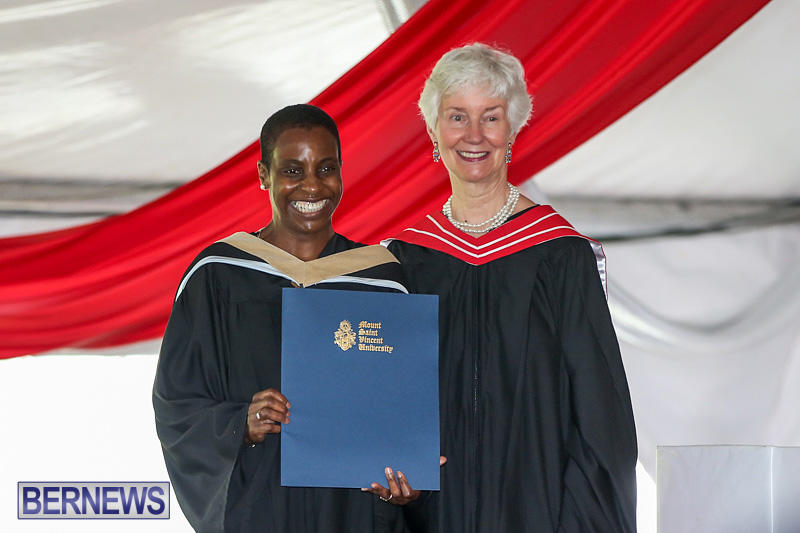 2016-Commencement-at-Bermuda-College-May-19-2016-155