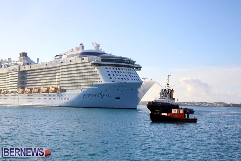 Anthem-of-Seas-cruise-ship-in-Bermuda-April-2016-1