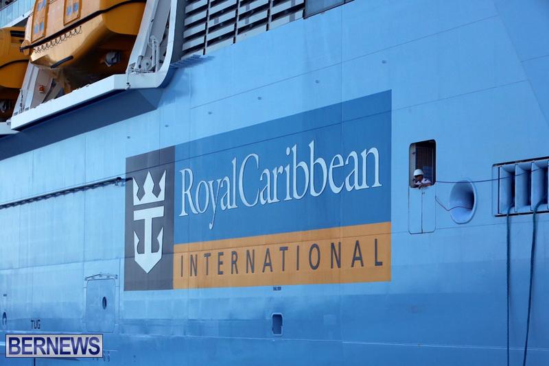 Anthem-of-Seas-cruise-ship-in-Bermuda-April-2016-12