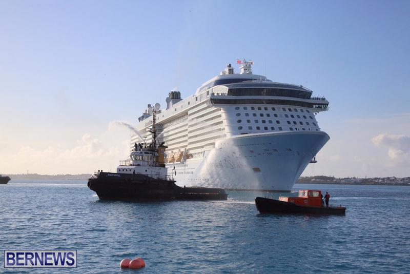 Anthem-of-Seas-cruise-ship-in-Bermuda-April-2016-5